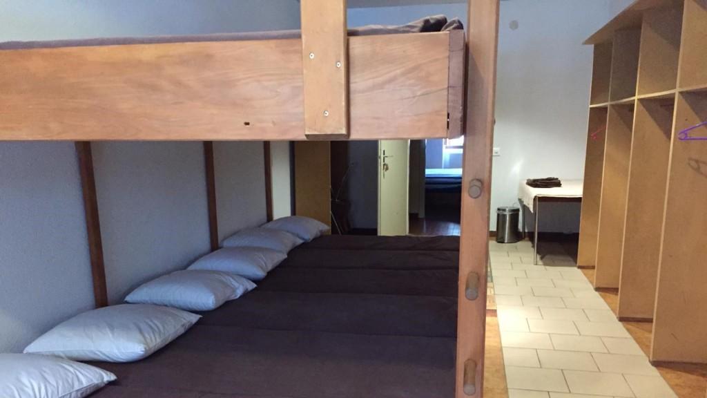 Chambres / Zimmer Auberge des fées, Buttes, Val-de-travers
