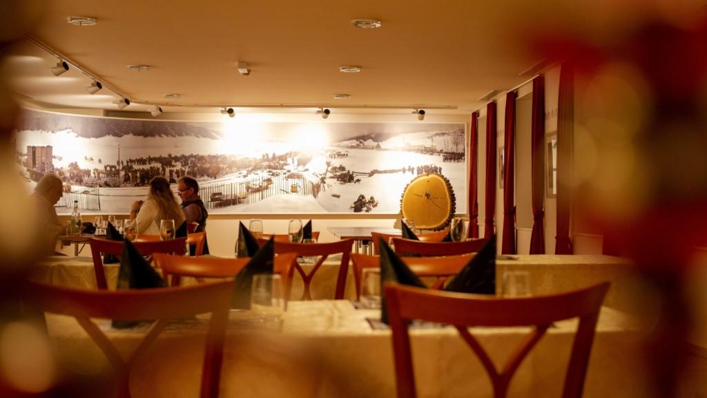 Hôtel de ville - Les Verrières - salle à manger